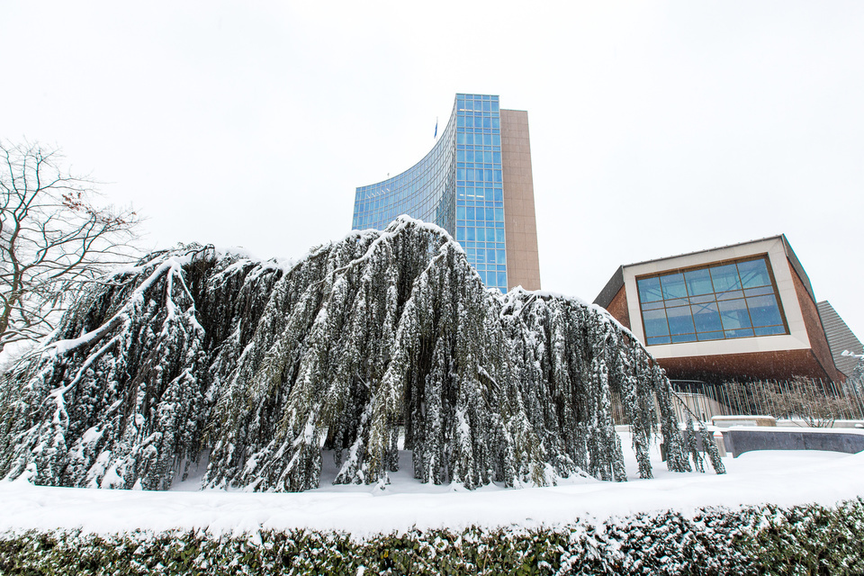 WIPO Campus Under the Snow  WIPO headquarters was covered under a blanket of snow on Thursday, March 1, 2018.  Copyright: WIPO. Photo: Emmanuel Berrod. This work is licensed under a <a href=